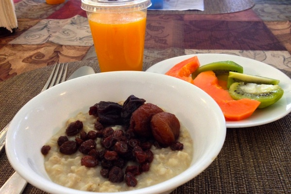 breakfast-gerson-therapy-oatmeal-juice-fruit